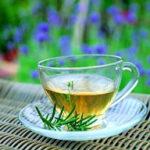 Ceaiul de cimbru, bun în durerile menstruale